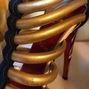Christian Louboutin Shoes - Authentic Christian Louboutin Ulona Sz 39.5